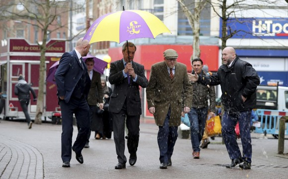 britain_farage_23484-jpg-b24ff